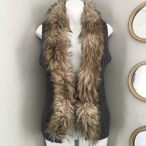 Guess Sleeveless Cable Knit Faux Fur Vest